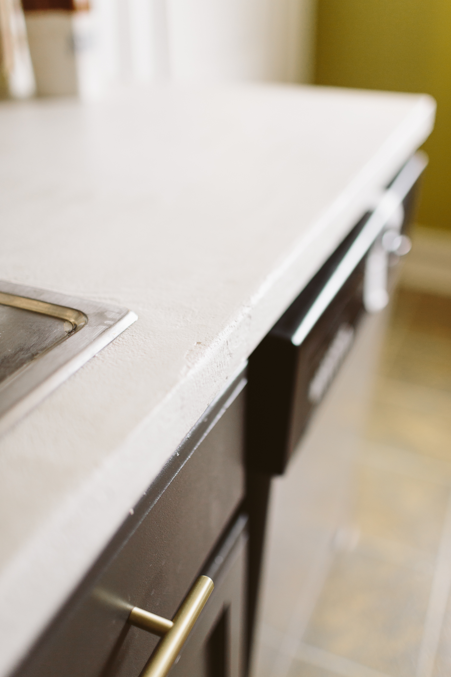 Diy White Concrete Skimcoat Countertop Liz Morrow