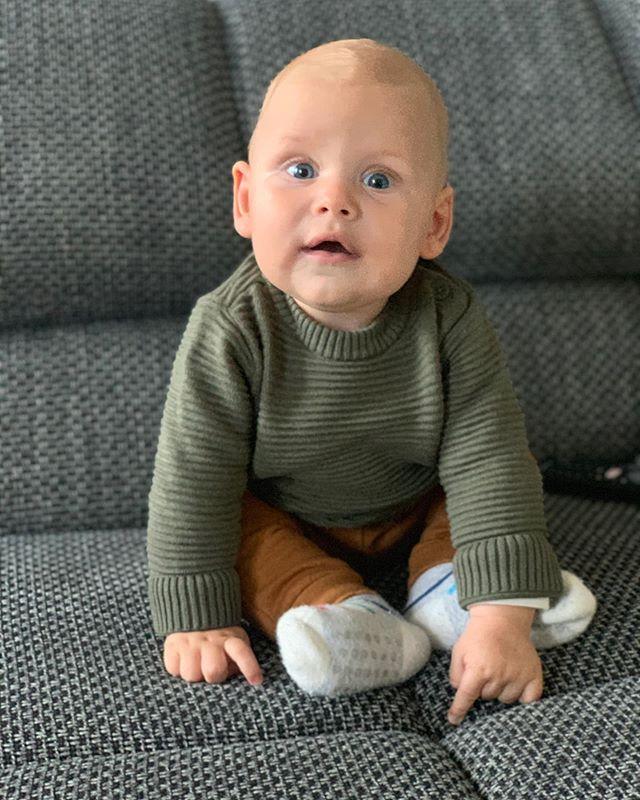 Anzeige | Ihr Lieben, lang nix gehört und gesehen 😉 - Thomy hat sich im neuen Artikel Gedanken zum Thema Perfektion als Daddy gemacht und warum das erwartet wird. Mit seinen Gedanken ist Thomy laut einer von @fisherprice in Auftrag gegebenen Studie nicht allein und außerdem erzählt er warum wir jeden Tag die Chance haben, Sachen zum ersten Mal richtig gut zu machen, egal wie viele Versuche schon vorangegangen sind. #dadlife #lebenmitkindern #fisherprice #newdadsontheblog #babysamu