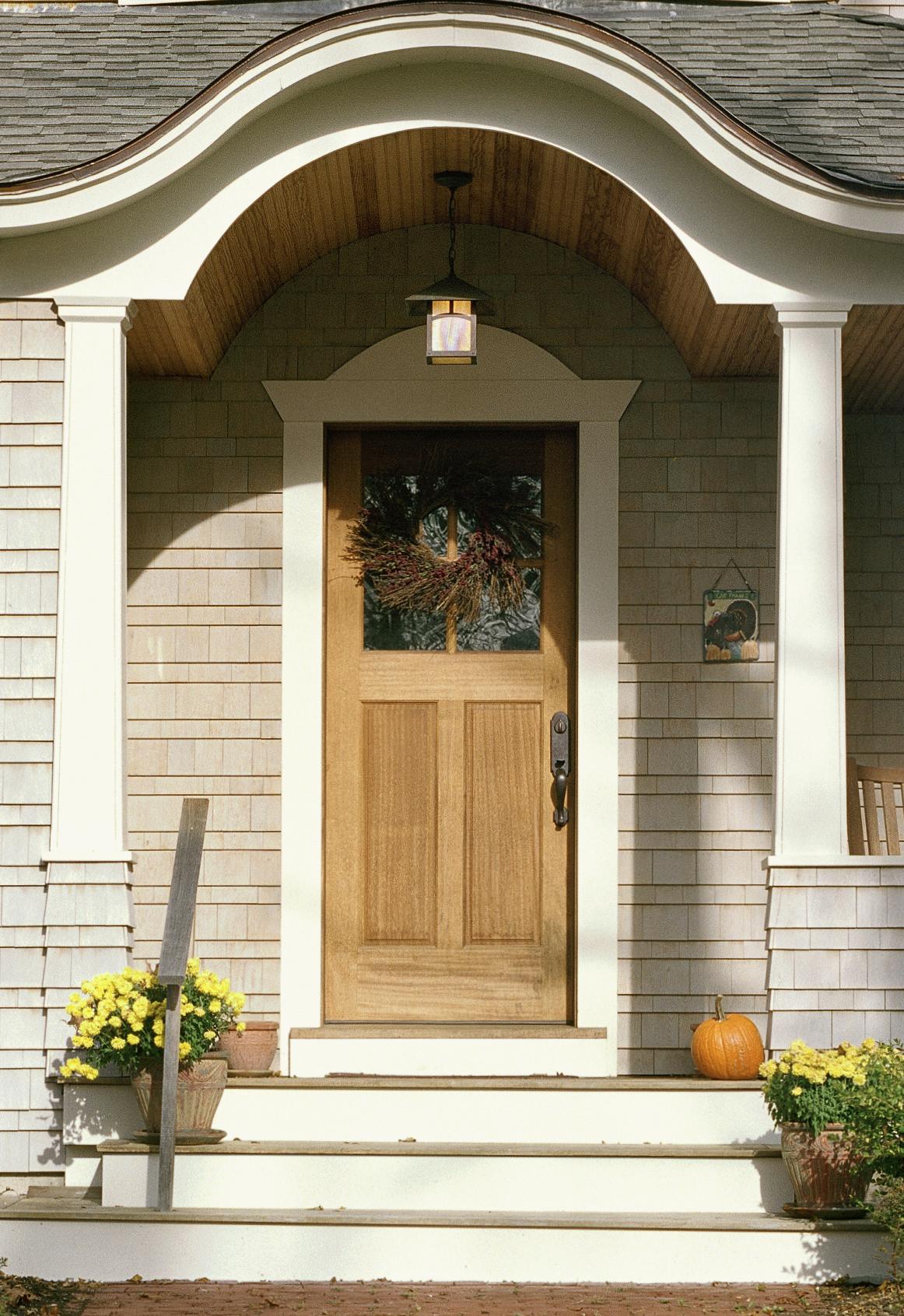 door_crop2.jpg