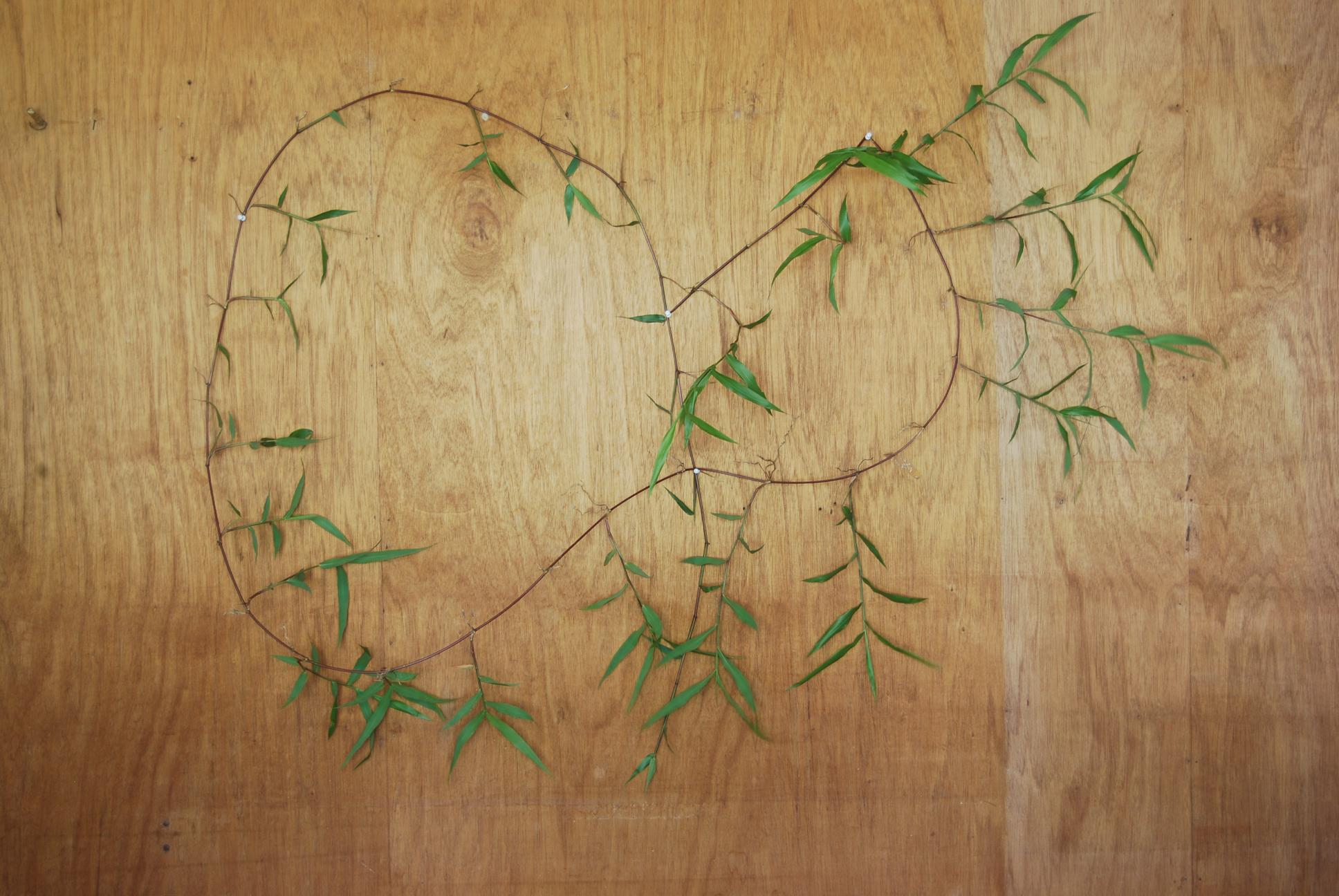 wild-grass-sculpture-136x31x152-150dpi.jpg