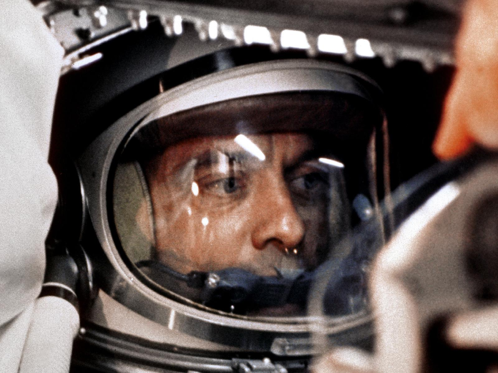 May_5,_1961_-_Astronaut_Alan_Shepard,_First_American_in_Space.jpg