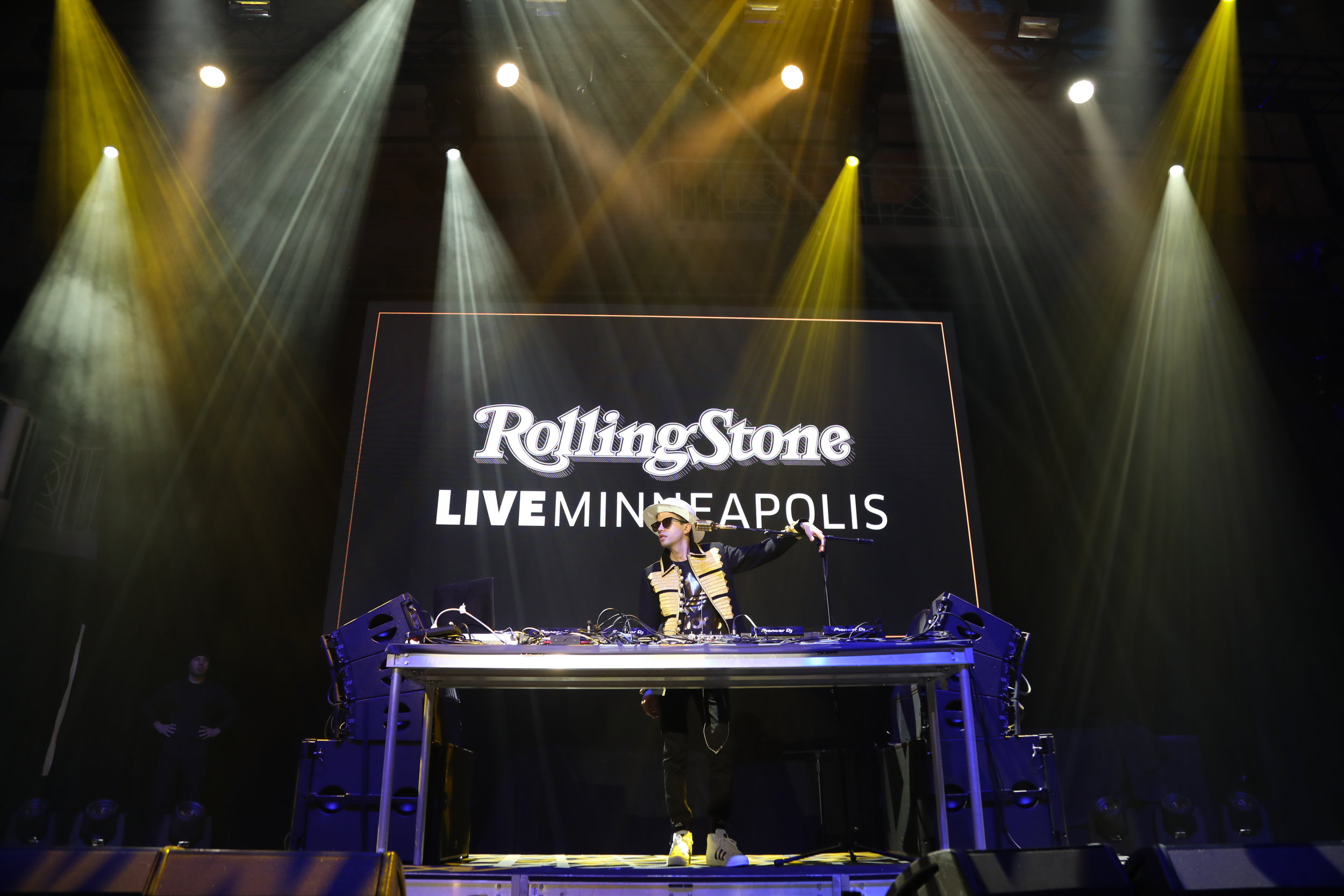 DJ Cassidy performing at Rolling Stove LIVE: Minneapolis