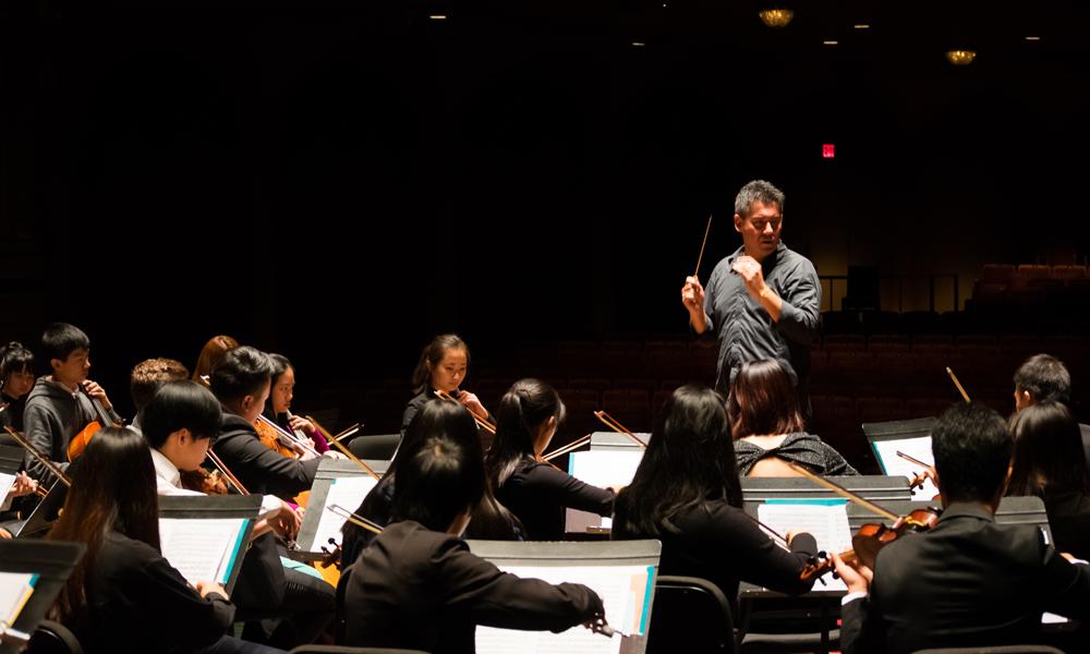VAM Symphony Orchestra - With JON KIMURA PARKER
