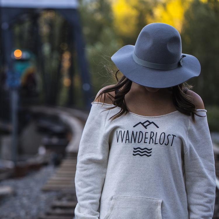 Unanimous+VVanderlost+Casey+Train2_SQUARE.jpg