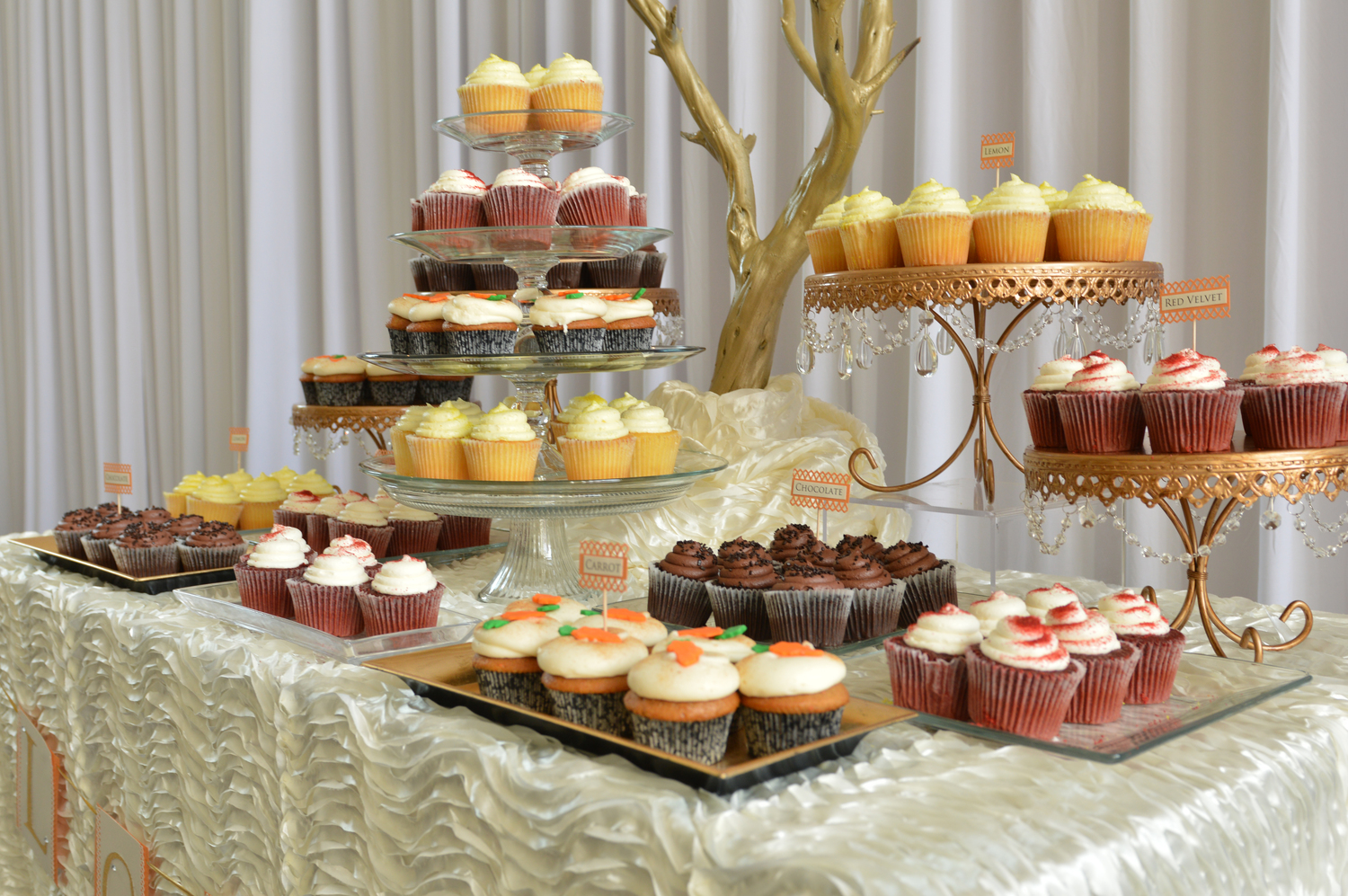 orange county wedding event planner dessert bar