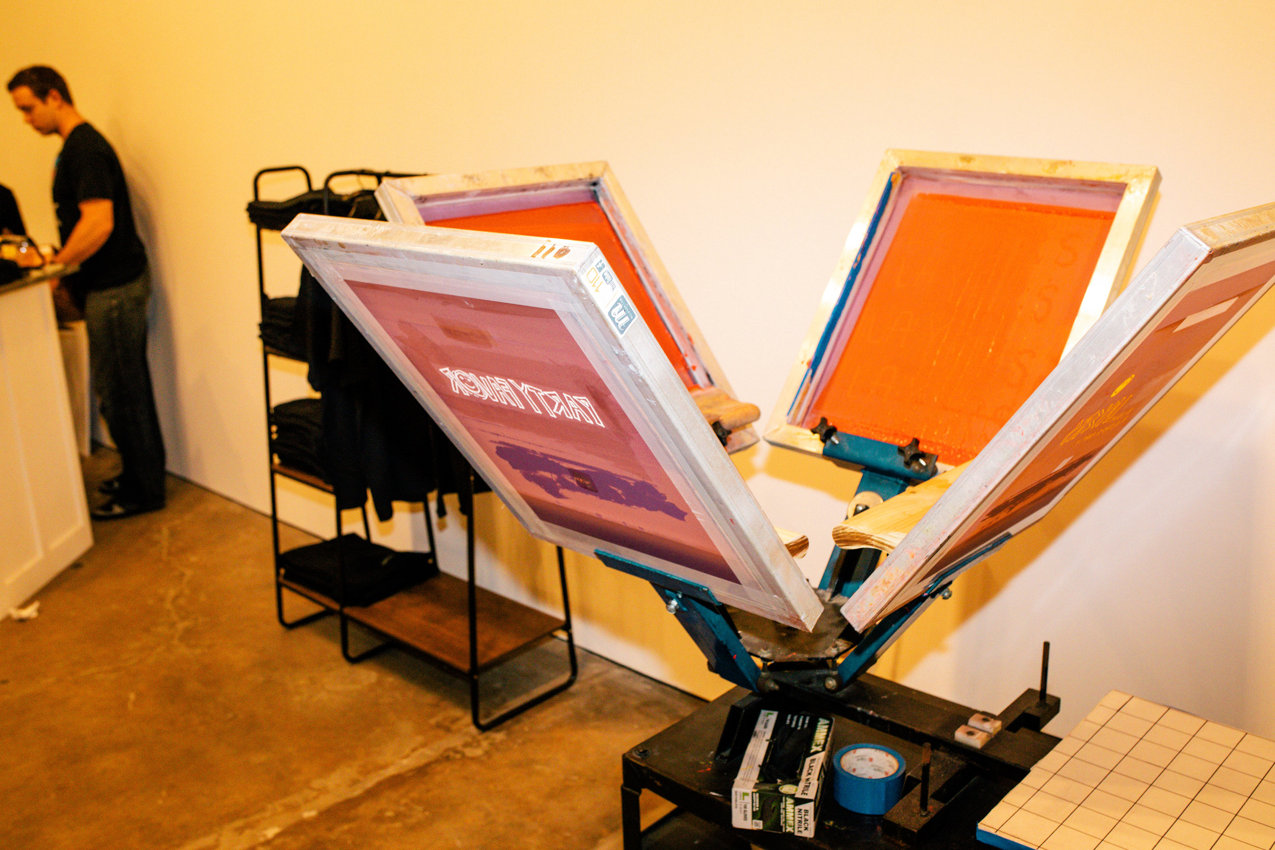 live custom screen printing at an event