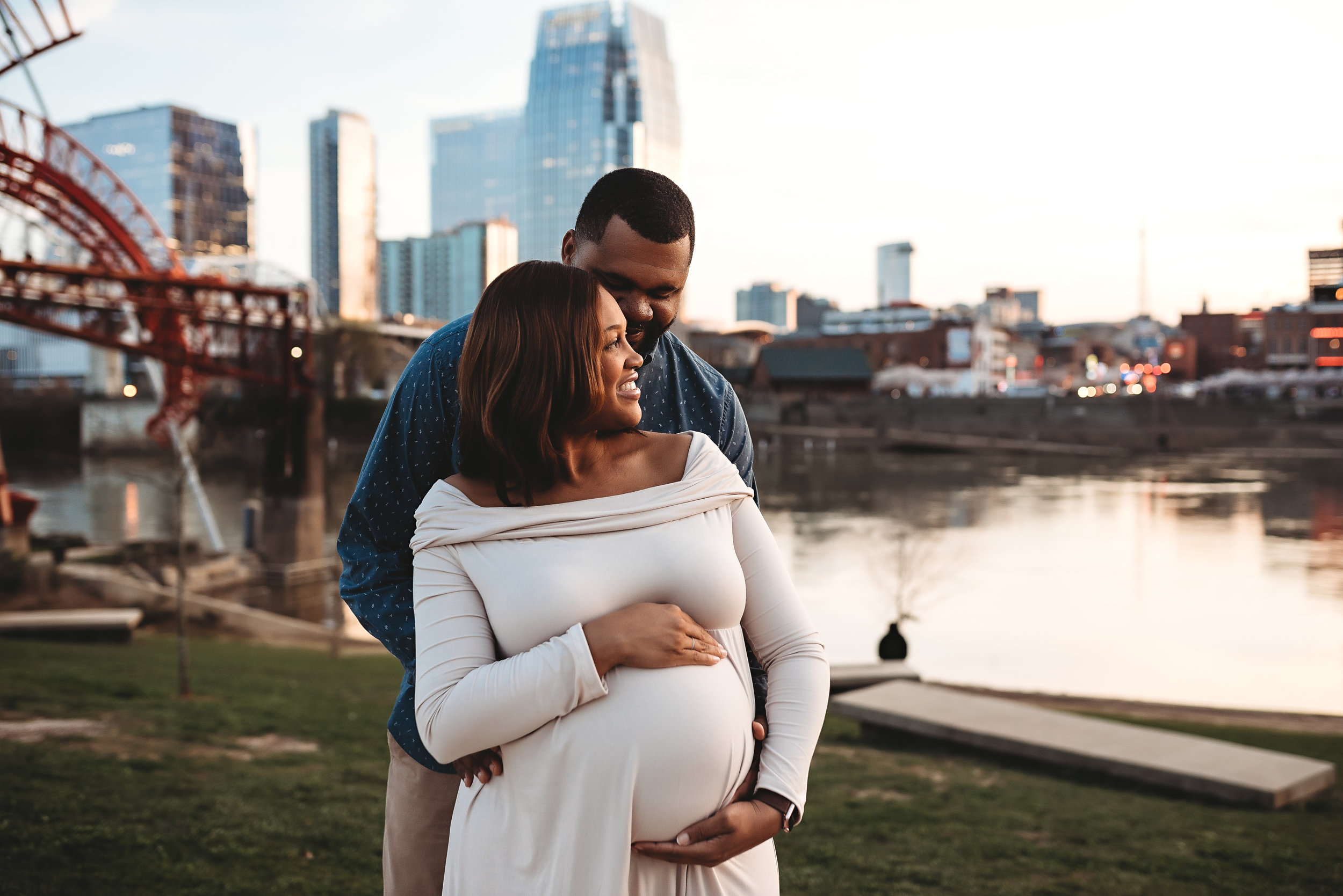 Nashville Maternity Photographer | AluraWayne Photography