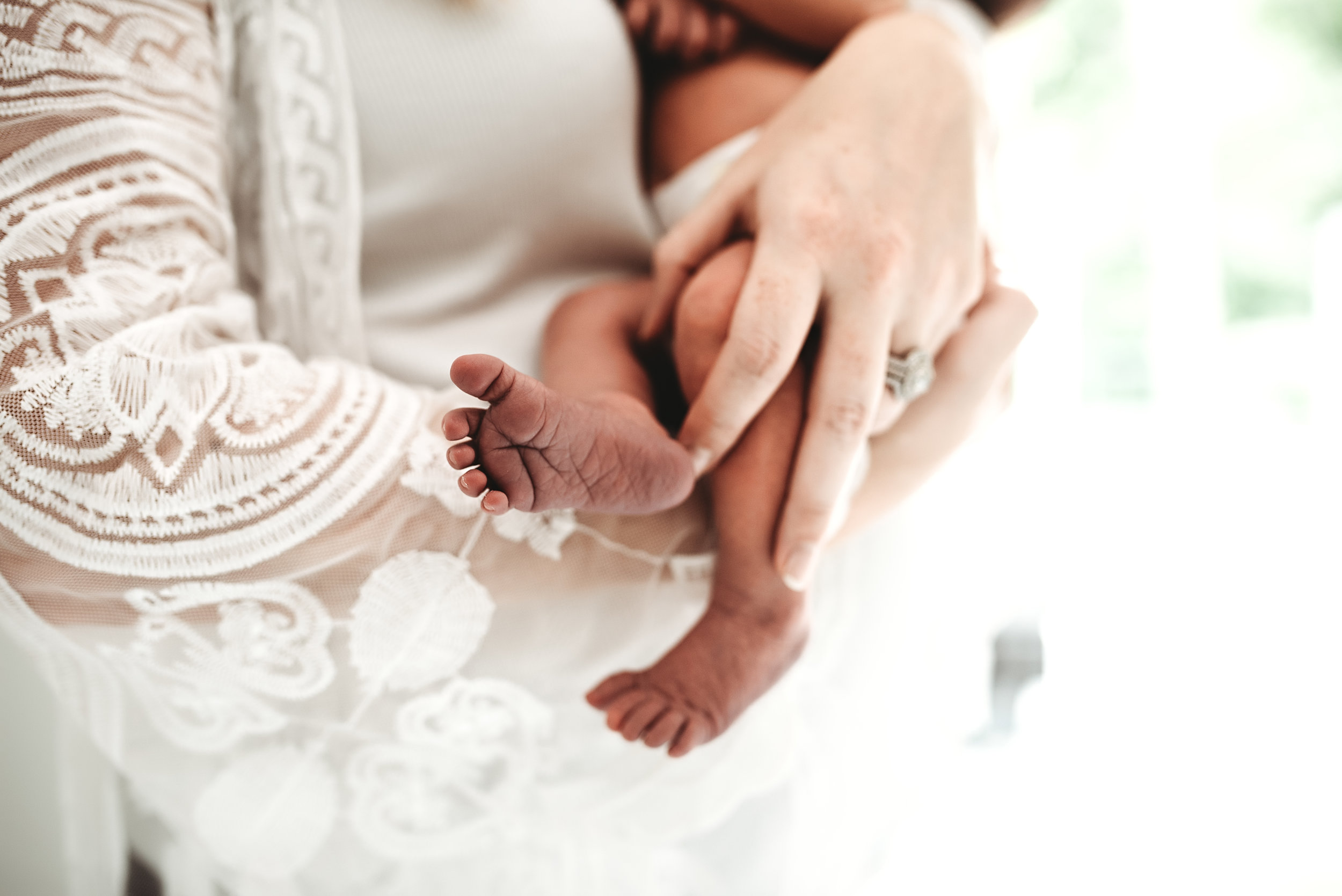 Nashville Newborn Photographer | AluraWayne Photography