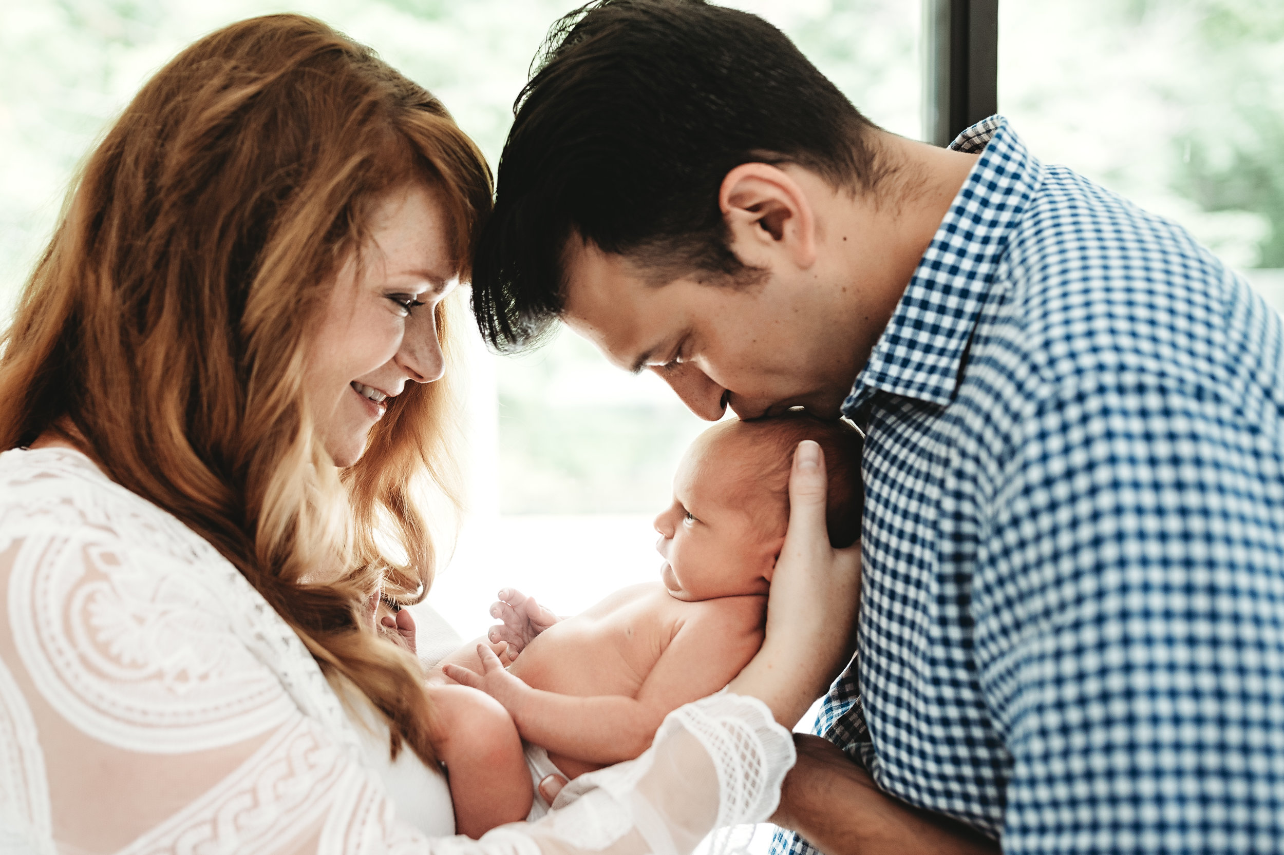 Nashville Newborn Photographer | AluraWayne Photography