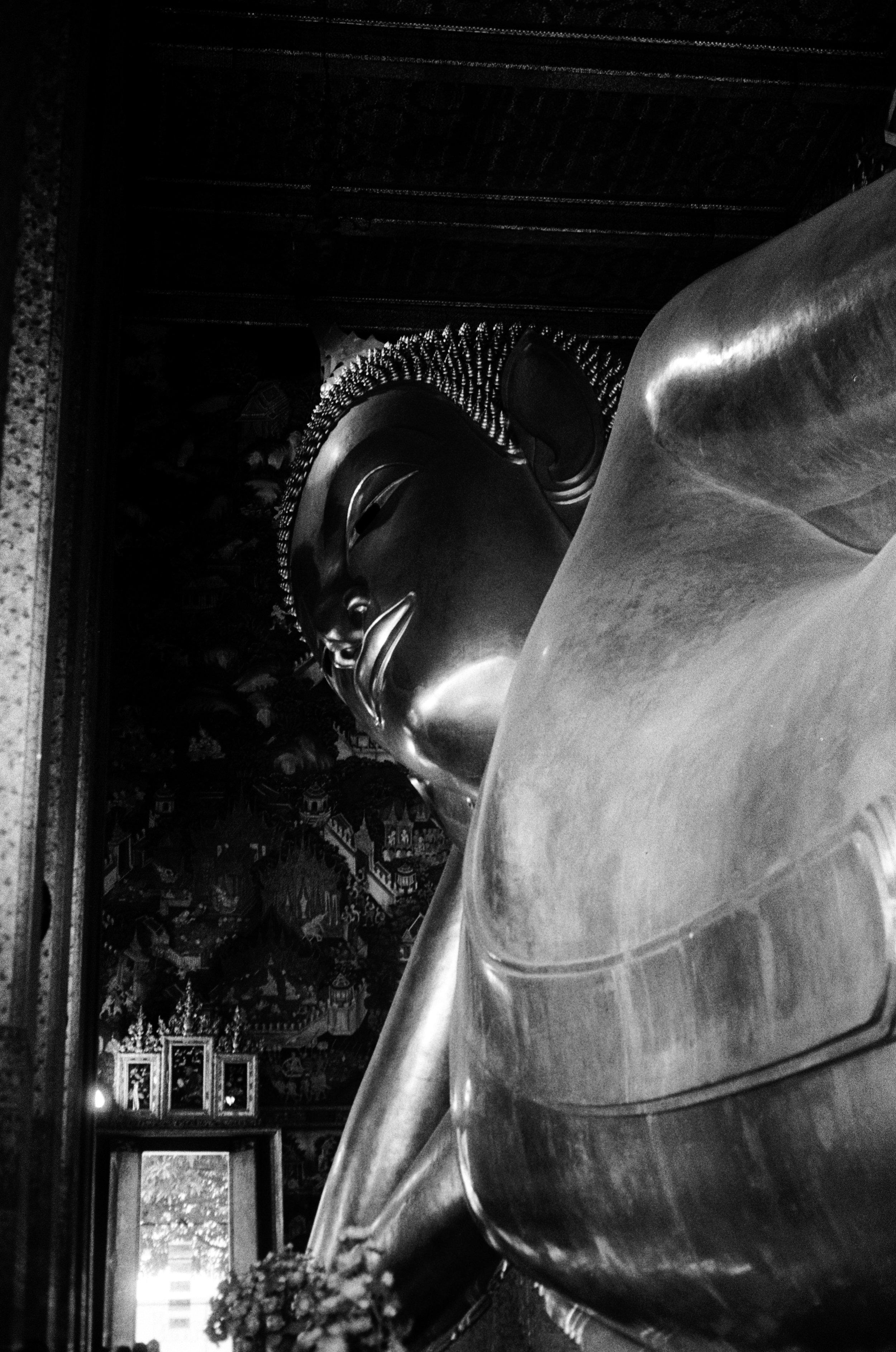 Reclining Buddha พระพุทธไสยาสน์