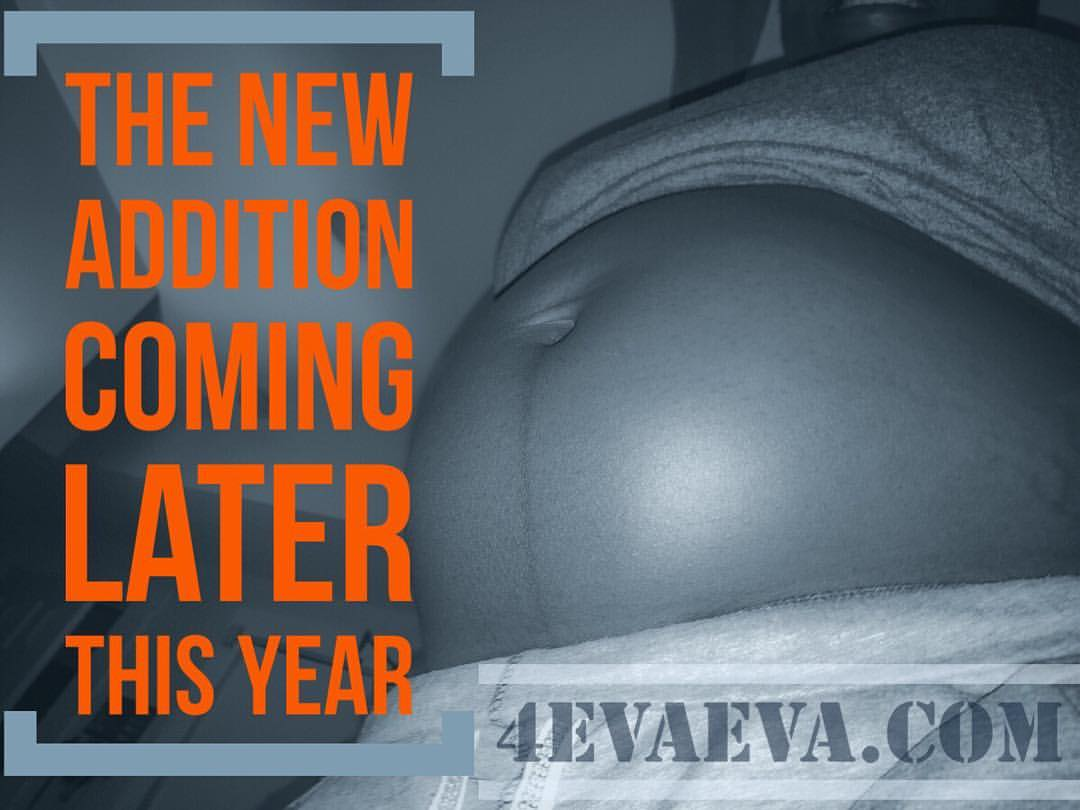 As @mskayleeg belly grows, so does @therealtstorm excitement! @4evaevadotcom   New addition coming soon. #newbabyontheway