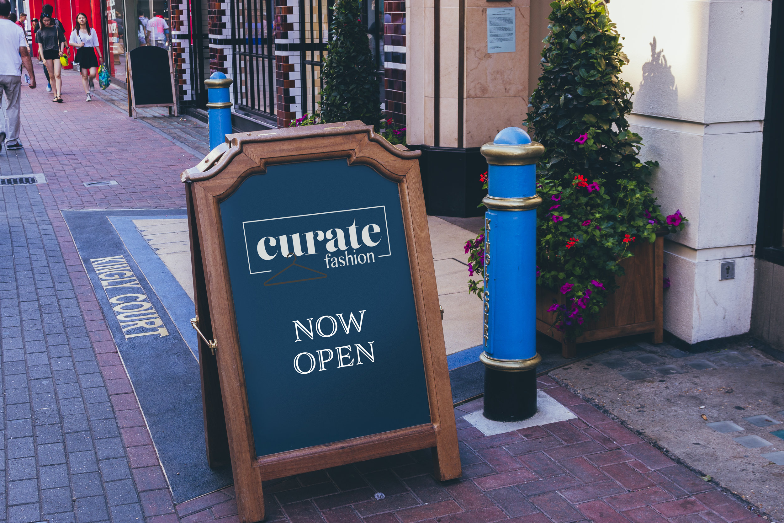 Sign & Facade UK edition 1.jpg