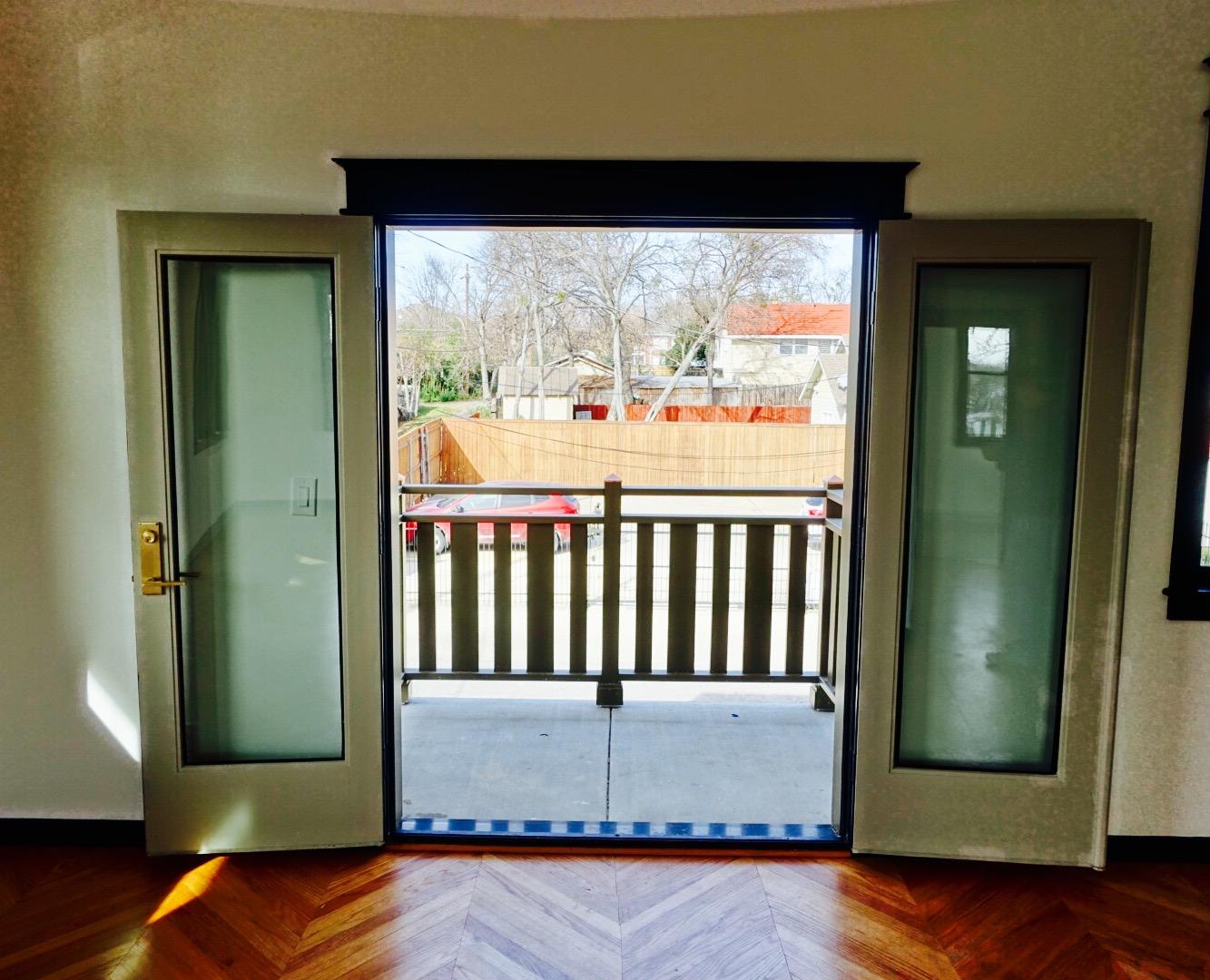 Patio Door 1.jpg