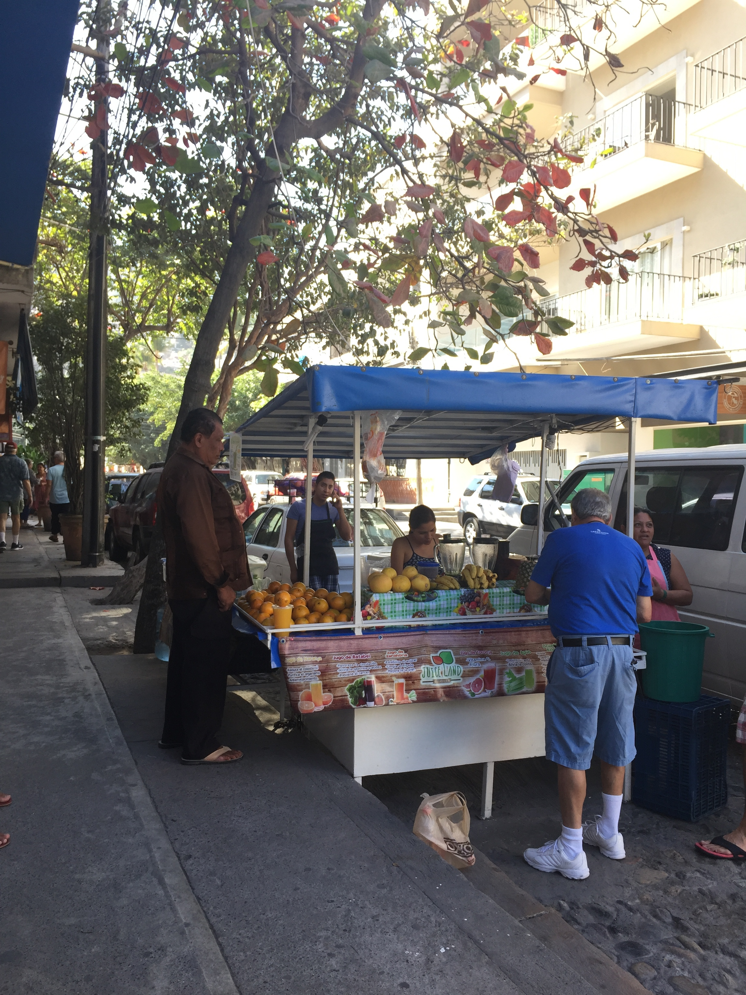 I can't get enough of the street vendors.