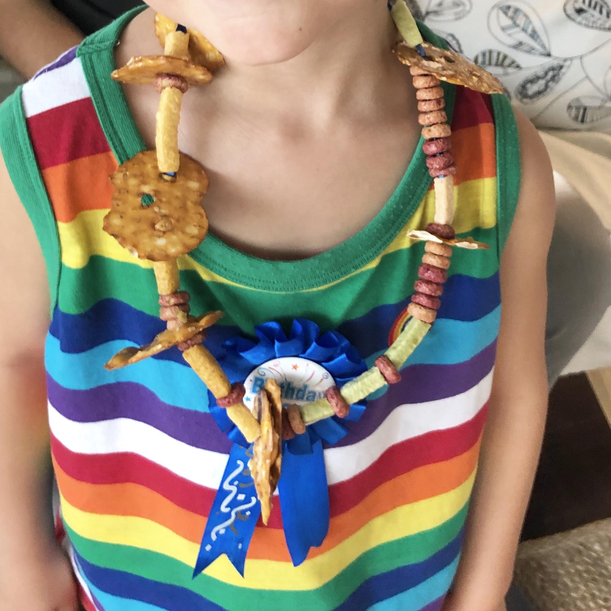 edible necklace
