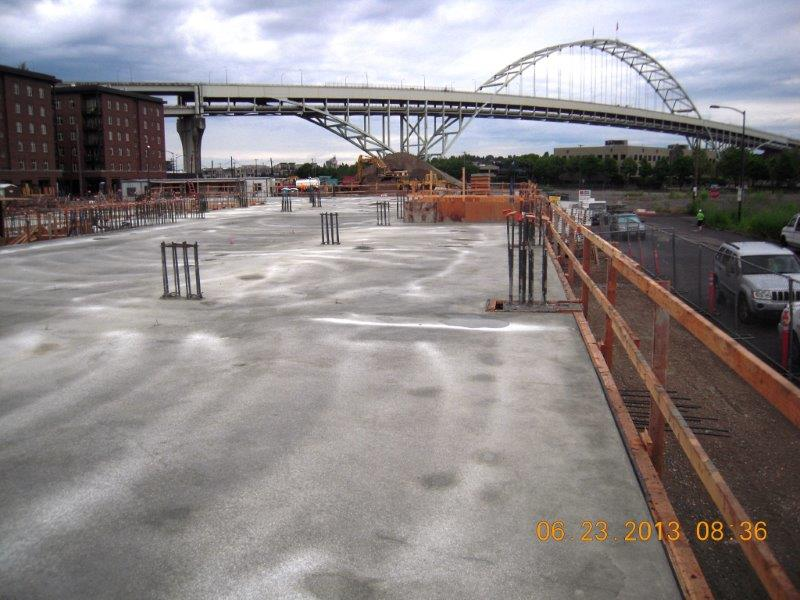 Whitaker/Ellis specializes in foundations, basement and retaining walls, post-tension decks, slabs, tilt-up construction and complex architectural concrete. We reside in Portland and serve all of Oregon, Washington, and California.