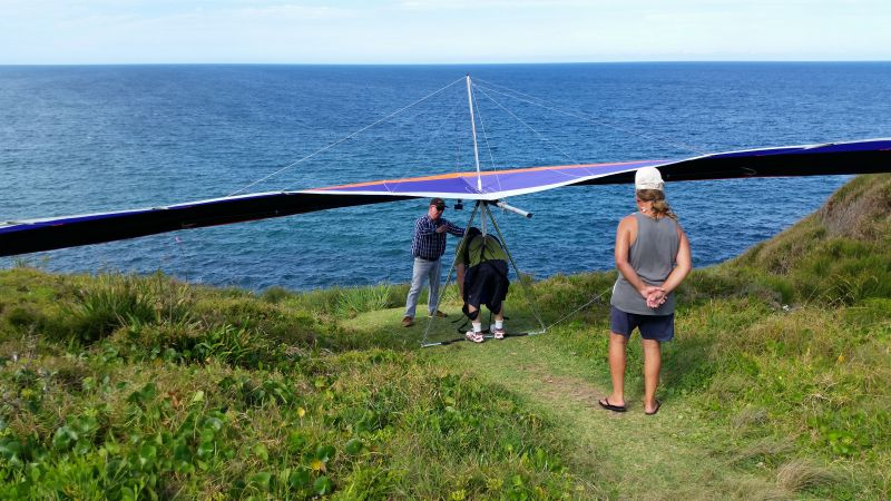 warriewood launch - looks simple but is a very tricky launch with a long way to glide to the beach from so low