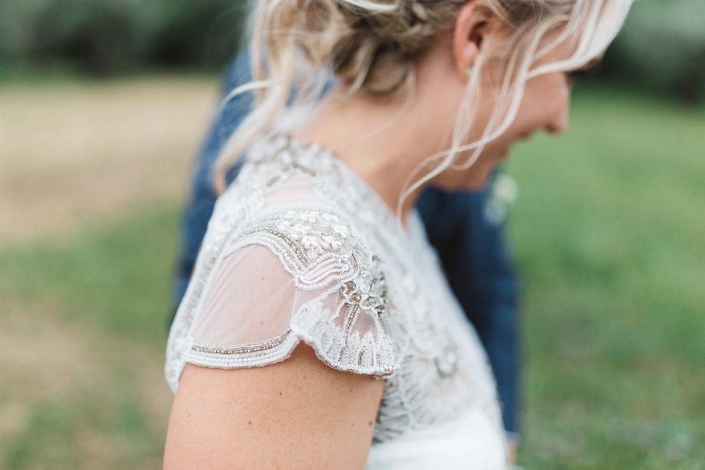 Gwendolynne-Hope_wedding_dress_moya9.jpg