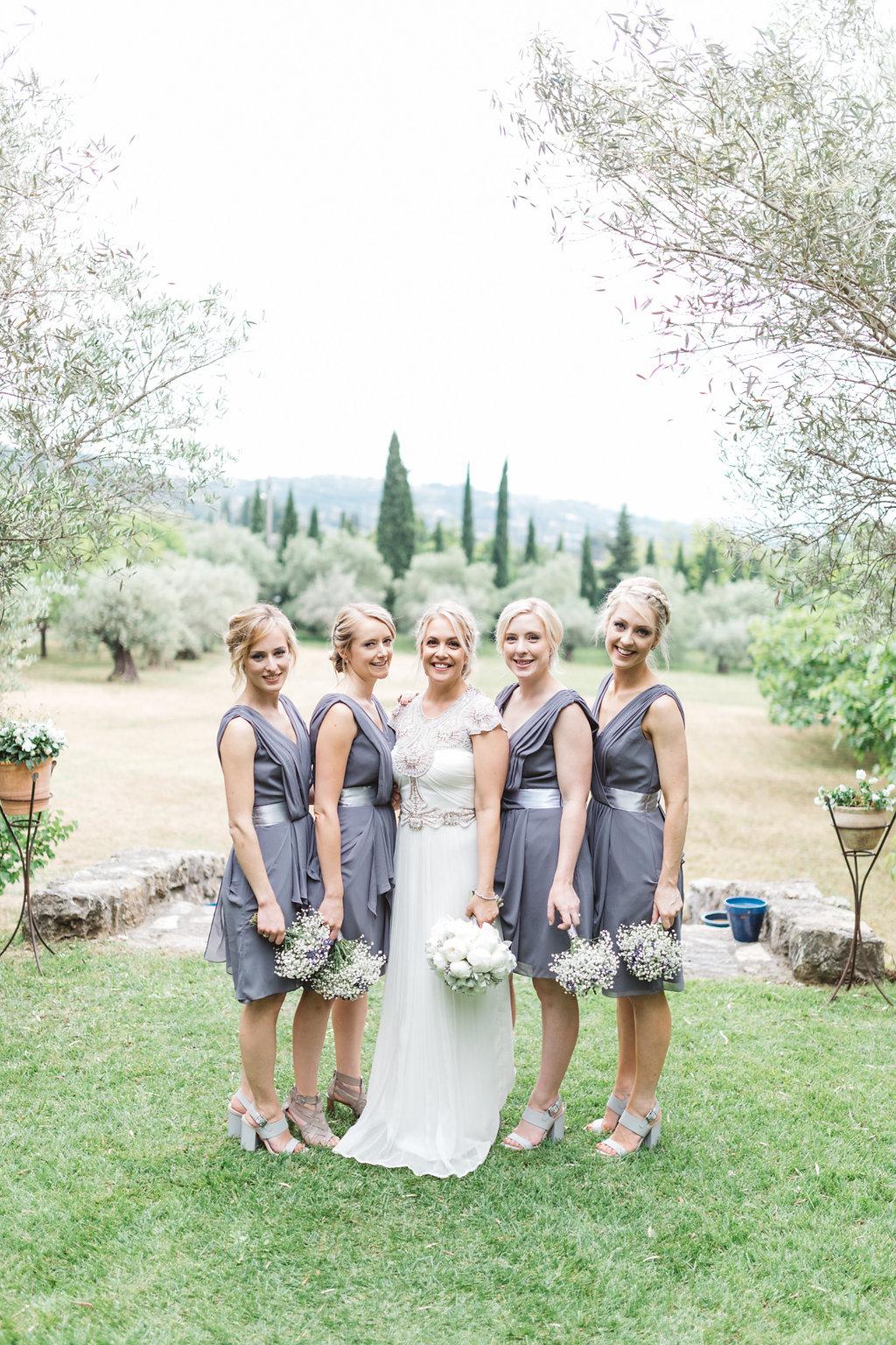 Gwendolynne-Hope_wedding_dress_moya10.jpg