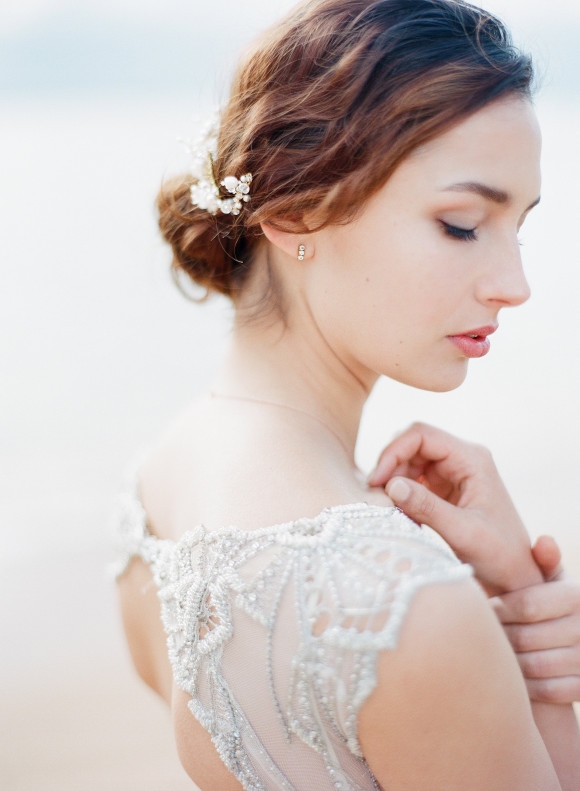 Gwendolynne_Wedding_dress_dominique_flowers3.jpg