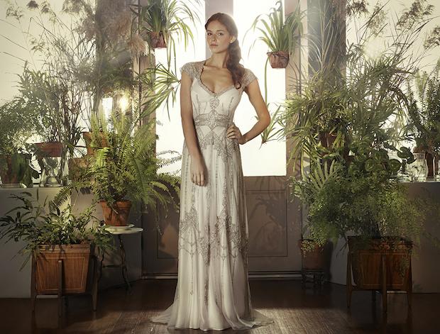 Sabine_Gwendolynne_wedding_dress.jpg