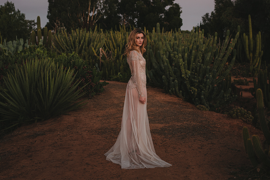 Emma Gwendolynne Wedding Dress shootout_cactuscountry_elleniToumpas_highRes_035.jpg