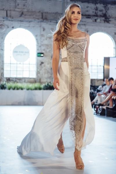 Gwendolynne Yasmina wedding dress