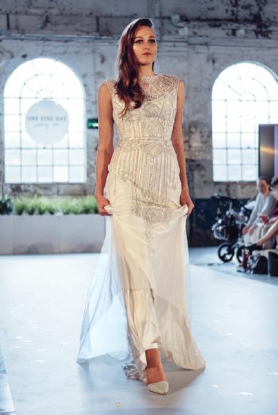 Gwendolynne Jasmine 3 wedding dress