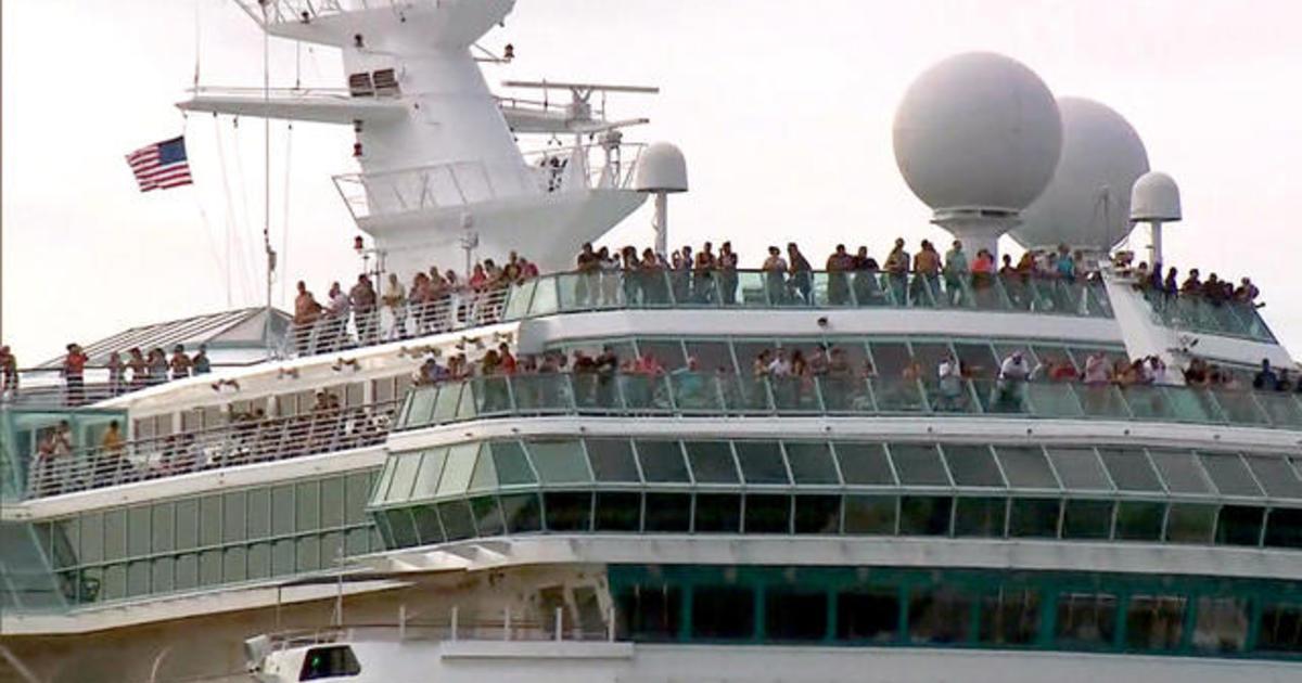 ctm-0920-cruisepassengersgohome-demarco-morgan-1400847-640x360.jpg