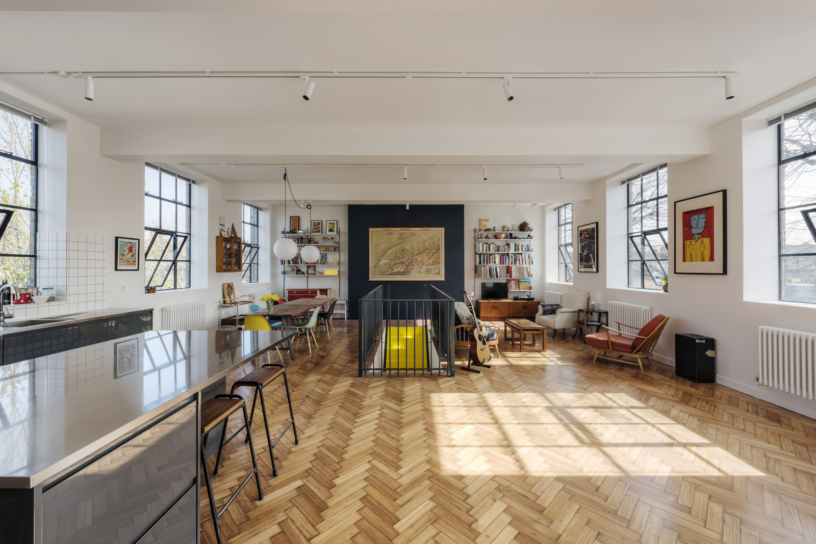 The first floor has been fully opened up to allow the large windows flood the 100 sqm kitchen, dining and living space with an abundance of natural light with the addition of a fourth bedroom/home office.