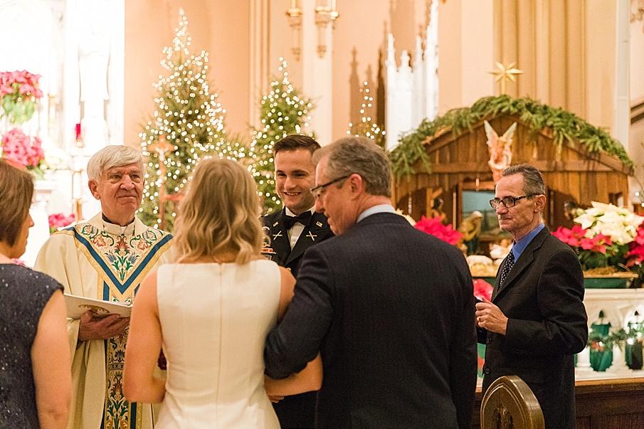 senecaryanco-pennsylvania-wedding-photographer-scranton-barnatglisteningpond_0064.jpg