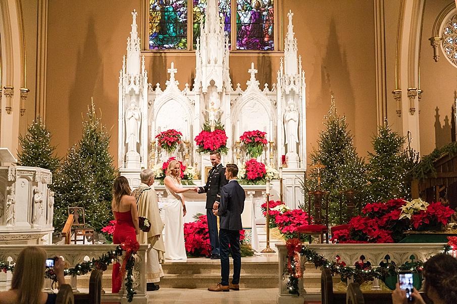 senecaryanco-pennsylvania-wedding-photographer-scranton-barnatglisteningpond_0070.jpg