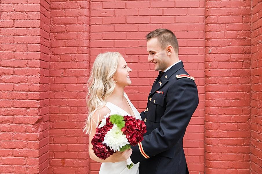 senecaryanco-pennsylvania-wedding-photographer-scranton-barnatglisteningpond_0102.jpg