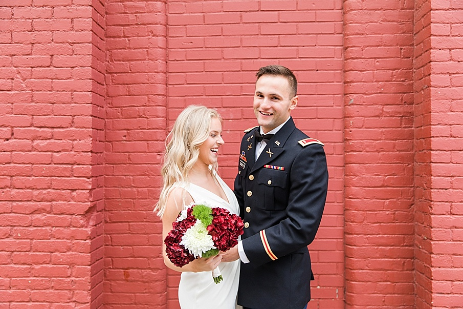 senecaryanco-pennsylvania-wedding-photographer-scranton-barnatglisteningpond_0103.jpg