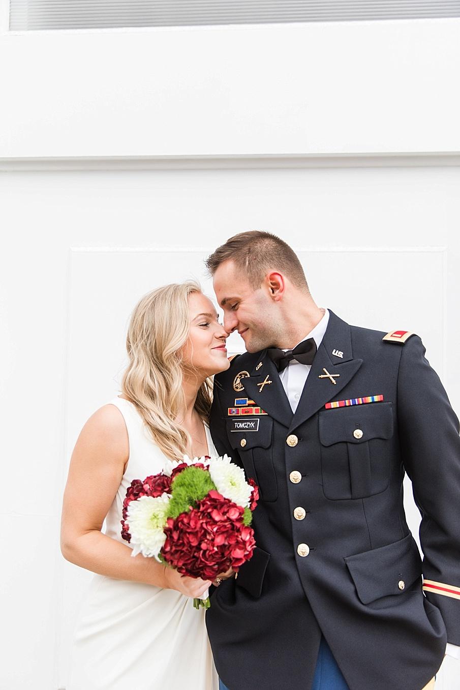 senecaryanco-pennsylvania-wedding-photographer-scranton-barnatglisteningpond_0114.jpg