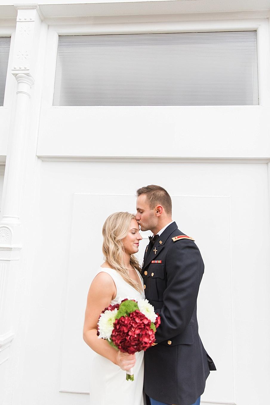 senecaryanco-pennsylvania-wedding-photographer-scranton-barnatglisteningpond_0117.jpg