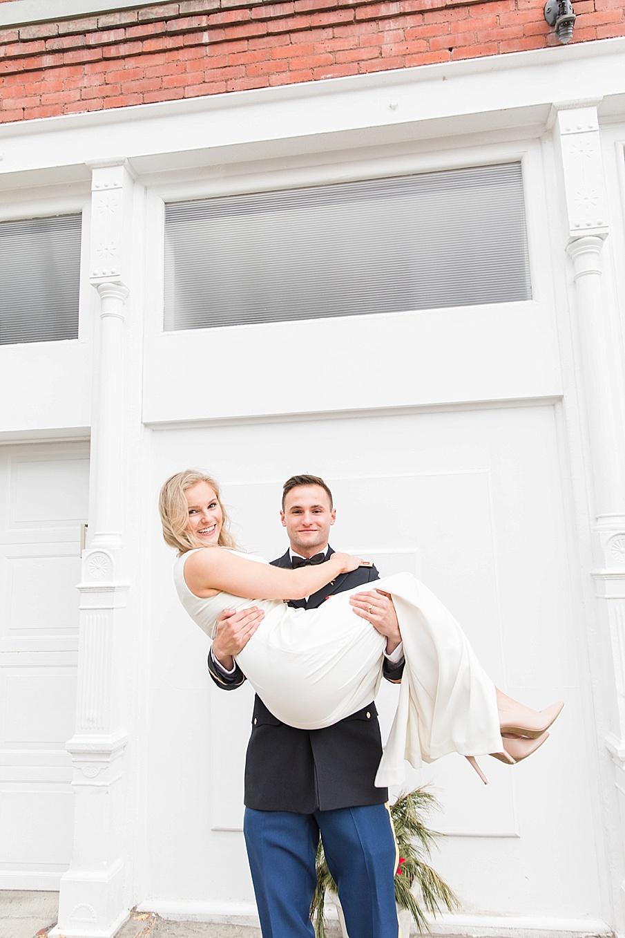 senecaryanco-pennsylvania-wedding-photographer-scranton-barnatglisteningpond_0118.jpg