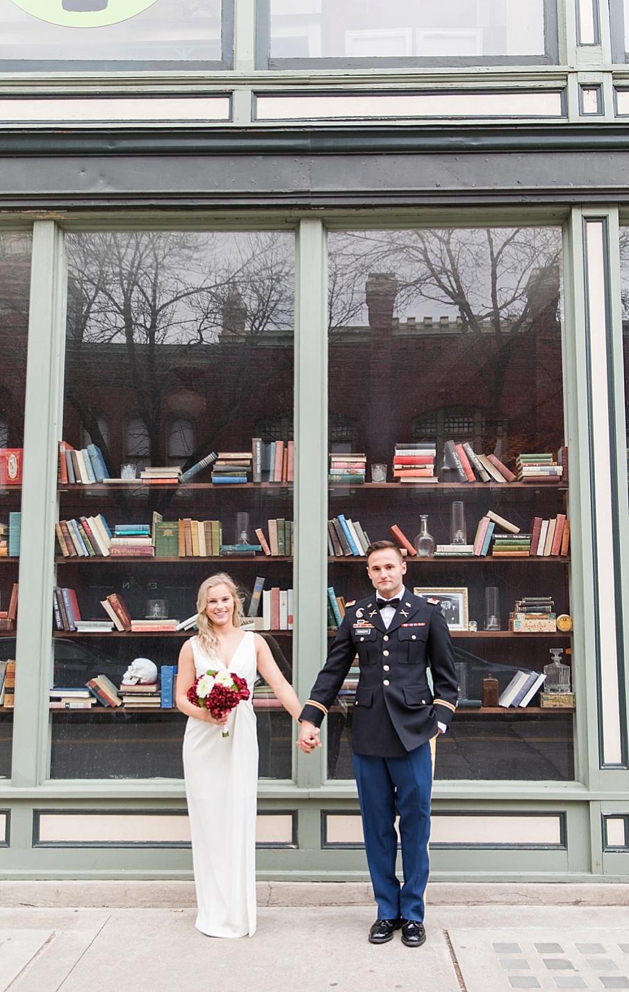 senecaryanco-pennsylvania-wedding-photographer-scranton-barnatglisteningpond_0120.jpg