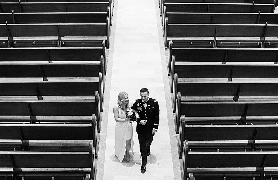 senecaryanco-pennsylvania-wedding-photographer-scranton-barnatglisteningpond_0128.jpg