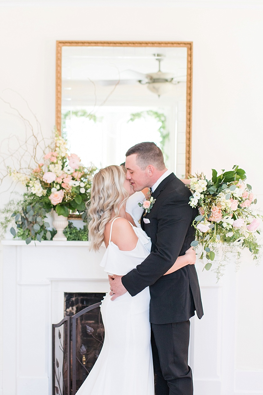 senecaryanco-pennsylvania-wedding-photographer-scranton-chippywhitetable-syracuseweddings-syracuse_0129.jpg