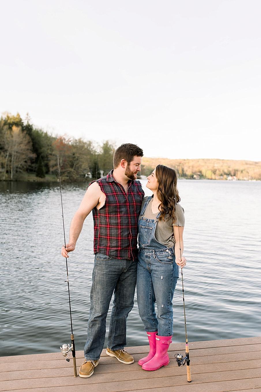 senecaryanco-syracuseweddingphotographer-syracuse-centralnewyork-skaneateles-brackney-quakerlake-binghamton-wedding-lake-engagementphotos_0018.jpg