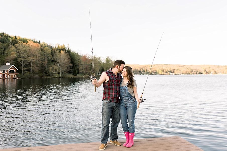 senecaryanco-syracuseweddingphotographer-syracuse-centralnewyork-skaneateles-brackney-quakerlake-binghamton-wedding-lake-engagementphotos_0020.jpg