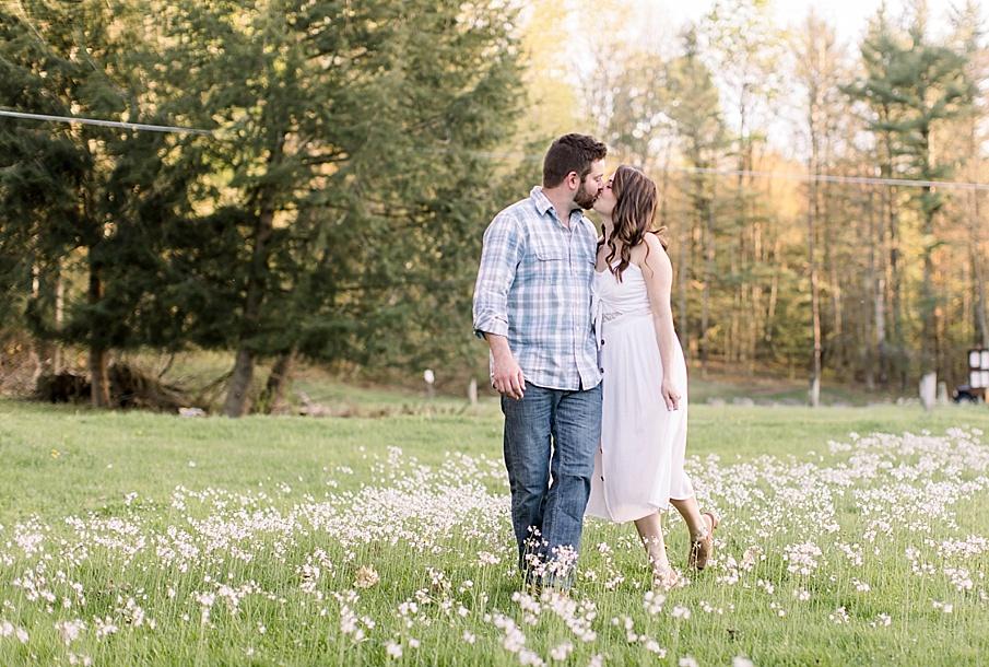 senecaryanco-syracuseweddingphotographer-syracuse-centralnewyork-skaneateles-brackney-quakerlake-binghamton-wedding-lake-engagementphotos_0024.jpg