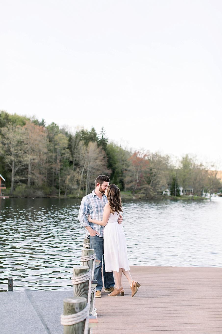 senecaryanco-syracuseweddingphotographer-syracuse-centralnewyork-skaneateles-brackney-quakerlake-binghamton-wedding-lake-engagementphotos_0027.jpg
