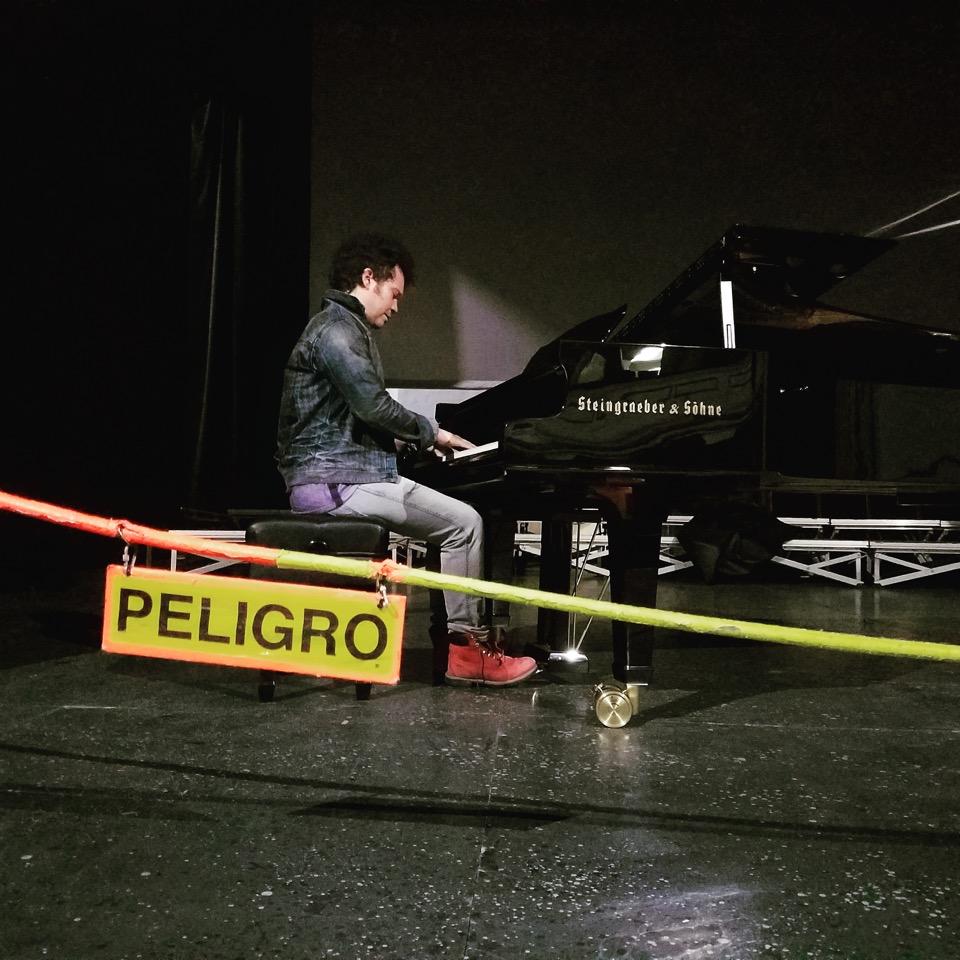 Cabas_pianoPELIGRO.jpeg
