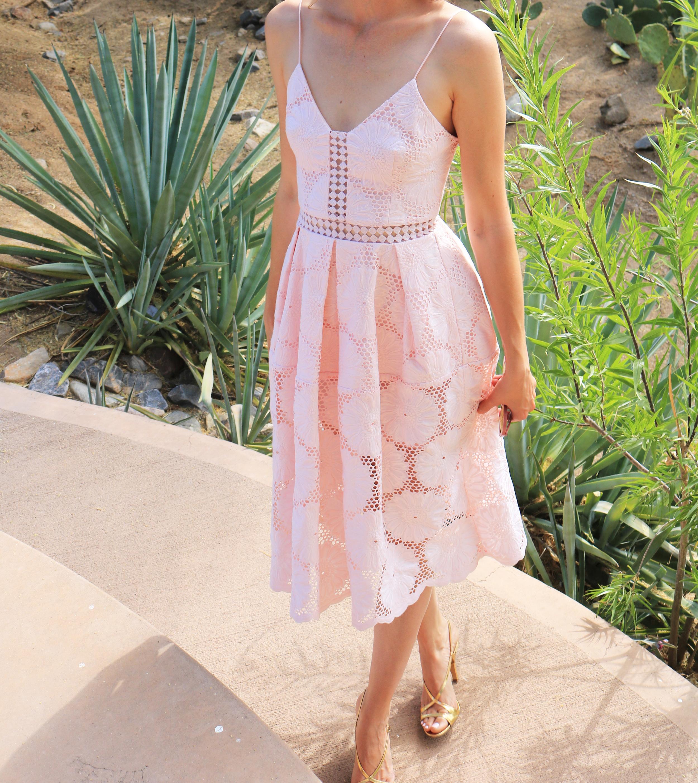 N-Nicholas-Blush-Floral-Dress-street-style