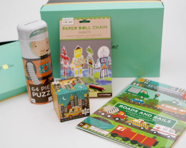 Petite-Collage-earth_and_space-set-for-kids