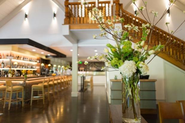 harvest-table-napa-valley-restaurant-bar.jpg