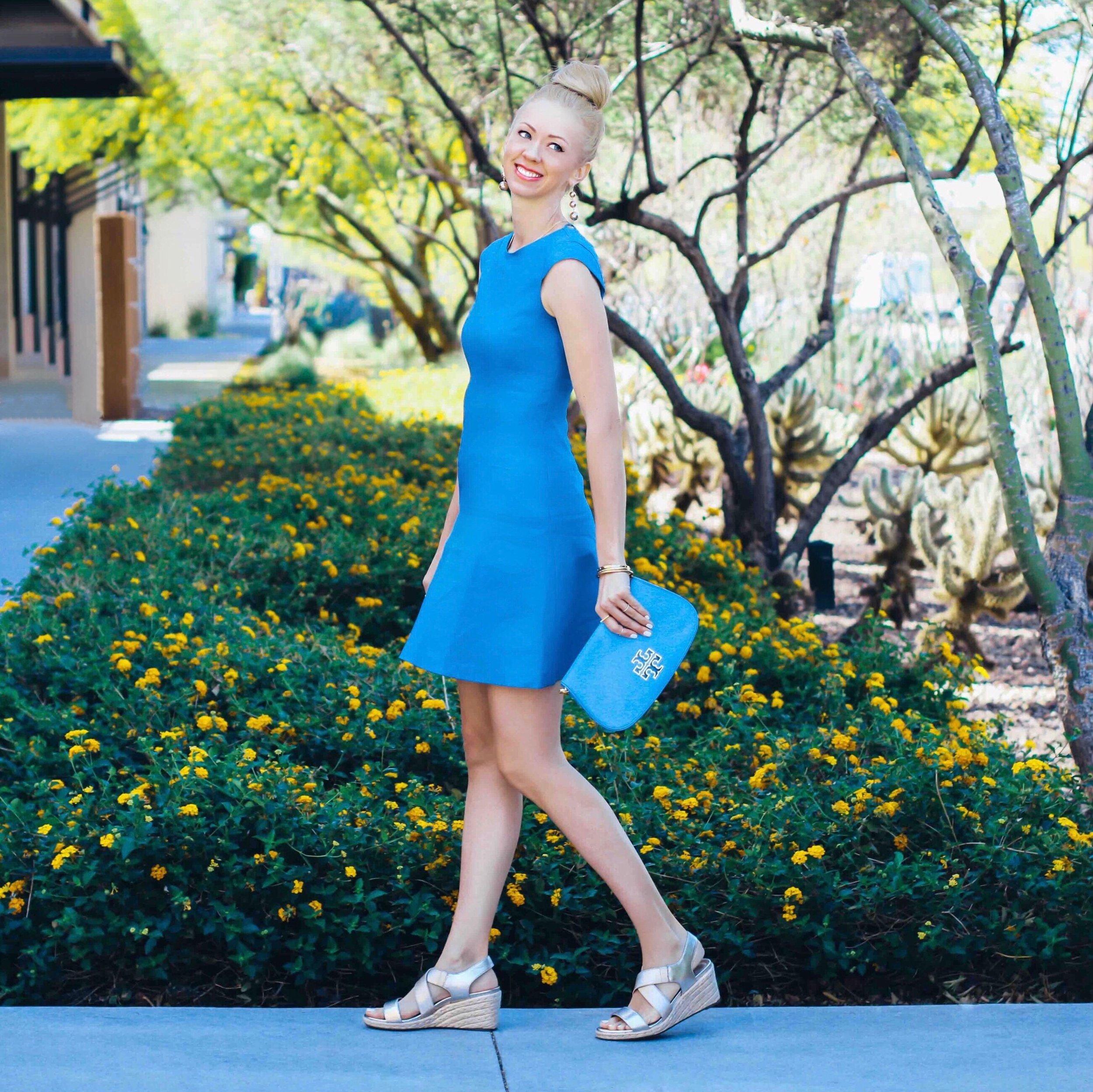 vionic-ainsleigh-wedge-espadrilles-gold-blue-linen-dress-antonio-melani-dillards.jpg