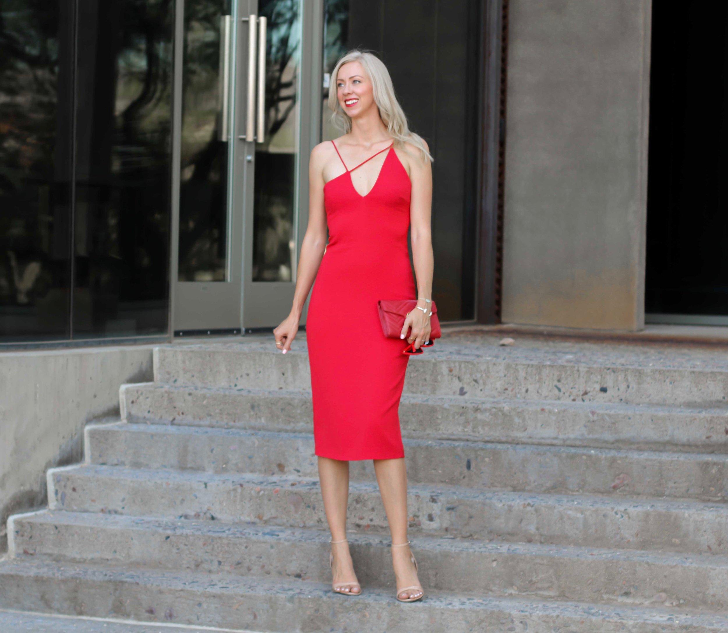 cushnie-et-ochs-red-Karina-dress-1.jpg